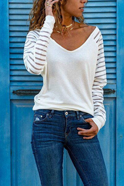 Kadın Ekru Kolu Tül Detaylı Bluz GK-CCKSAN105