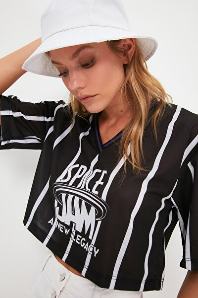 Siyah Space Jam Lisanslı Baskılı Crop Örme T-Shirt TWOSS21TS0570