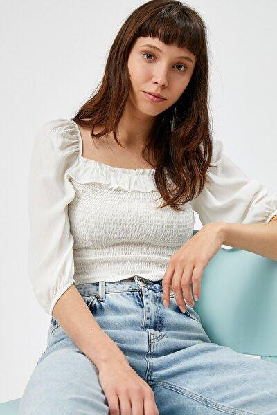 Kadın Ekru Fırfır Detaylı Kare Yaka Crop Bluz