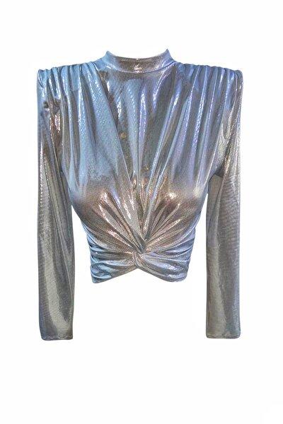 Metalik Gri Vatkalı Düğümlü Kısa Bluz
