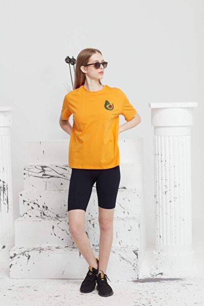 Oversize Normal Kol Nakışlı Avokado T-shirt.