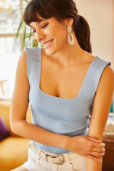 Kadın Bebe Mavisi Kalın Askılı Kare Yaka Crop Bluz