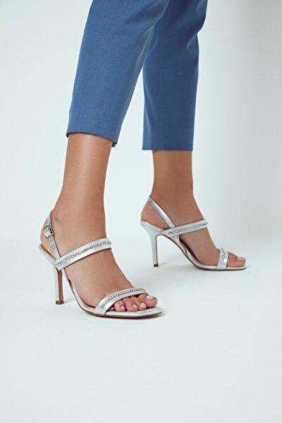 Kadın Taş Detaylı Casual Topuklu Sandalet