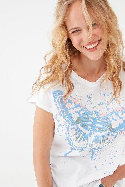 Kadın Kelebek Baskılı Beyaz Tişört 1601003-620