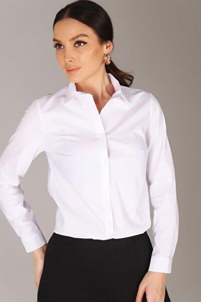 Kadın Beyaz Likralı Gömlek