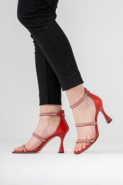 Kadın Kırmızı Topuklu Ayakkabı Taşlı Kadeh Topuklu Sandalet