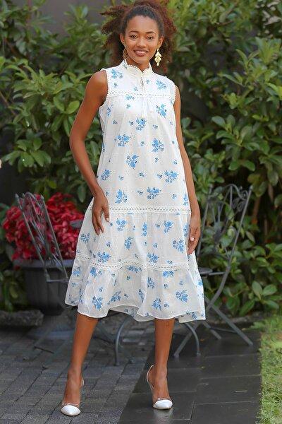Kadın Beyaz Fisto Kumaş Üzeri Çiçek Baskılı Sırtı Fermuarlı Astarlı Dokuma Elbise M10160000EL94620