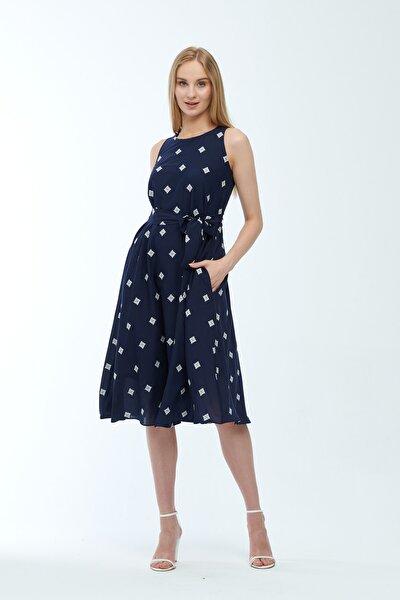 Lacivert Desenli Kuşaklı Astarlı Yakma Vual Elbise Je545318