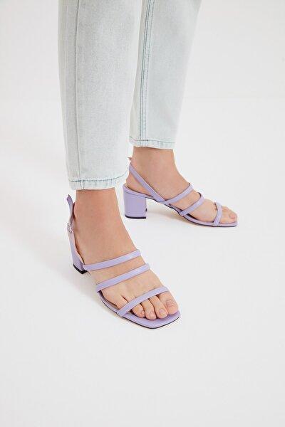 Lila Kadın Klasik Topuklu Ayakkabı TAKSS21TO0096