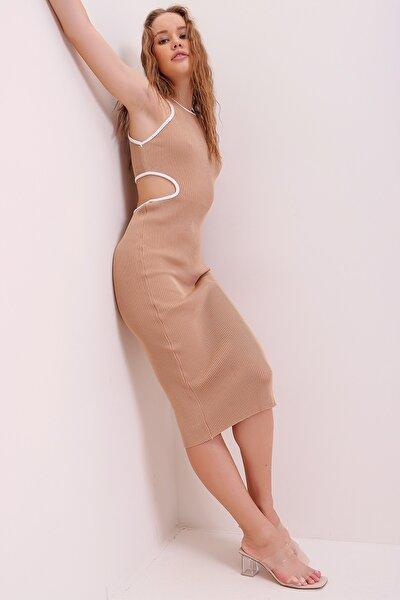 Kadın Bej Biye Şeritli Dekolteli Fitilli Örme Elbise ALC-X6804