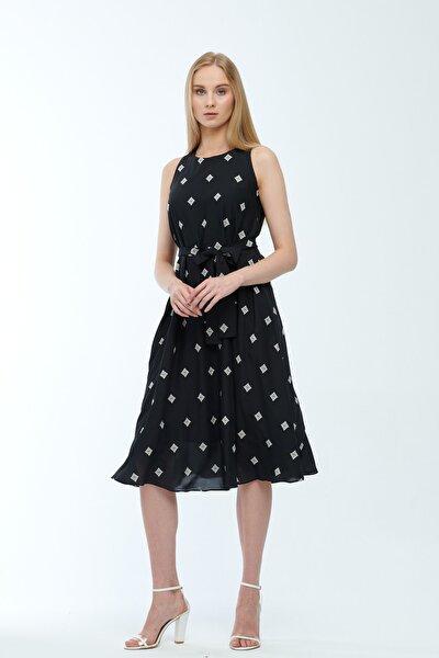 Siyah Desenli Kuşaklı Astarlı Yakma Vual Elbise Je545318