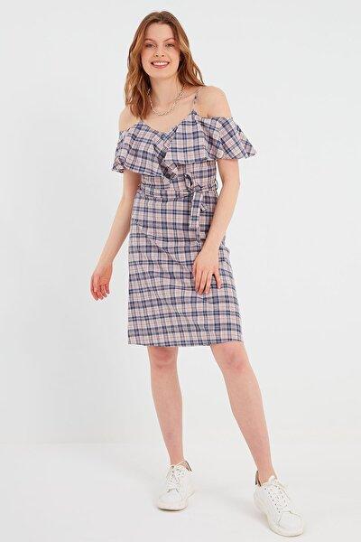 Volanlı Ekose Elbise