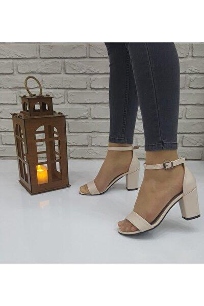 Kadın Krem Deri Bilek Bağlamalı Topuklu Ayakkabı