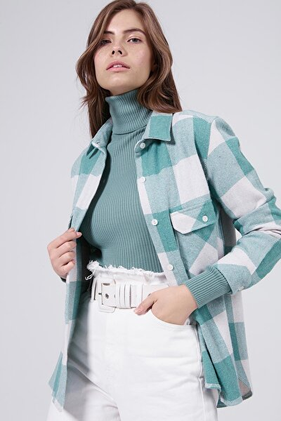 Kadın Mint Yeşili Cep Detaylı Boyfriend Oduncu Gömlek P20W-3323