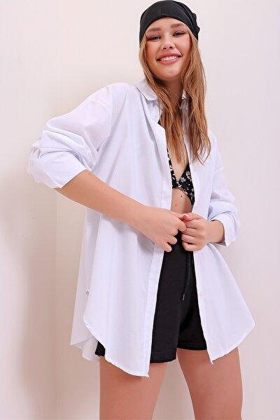 Kadın Beyaz Patı Gizli Oversize Dokuma Gömlek ALC-X6828