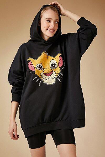 Kadın Siyah Baskılı Kapüşonlu Uzun Oversize Sweatshirt Lİ00038