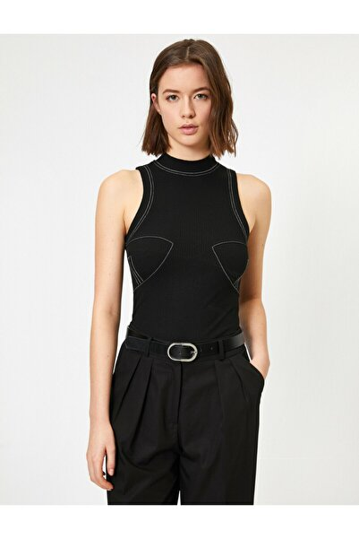 Kadın Siyah Dikiş Detaylı Dik Yaka Bluz