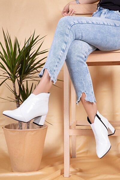 Kadın Beyaz Deri Topuklu Bot