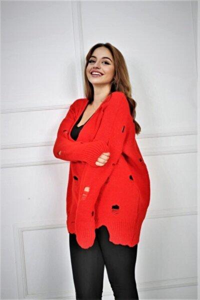 Kadın Kırmızı Yırtmaçlı Triko Kazak Ar040