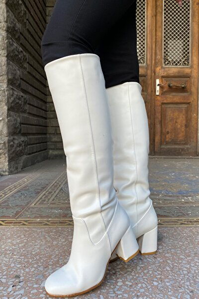 Kadın Beyaz Topuklu Çizme