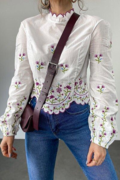 Kadın Renkli Nakış Detaylı Tasarım Bluz