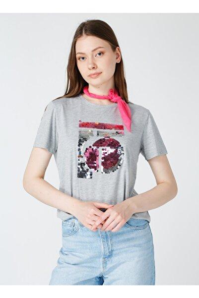 Bisiklet Yaka Gri Melanj Nakışlı Kadın T-shirt