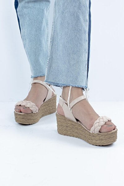 Porte Dolgu Topuklu Kadın Sandalet