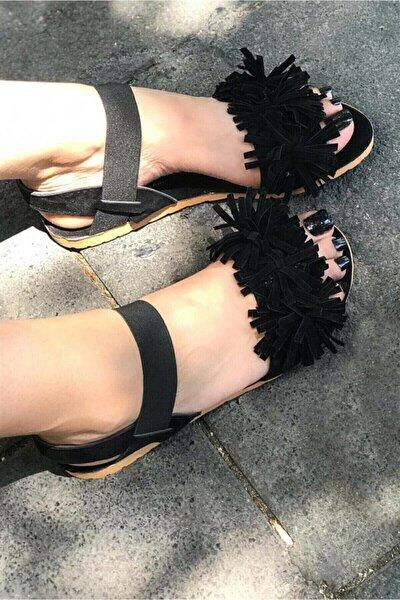 Kadın Siyah Püsküllü Sandalet