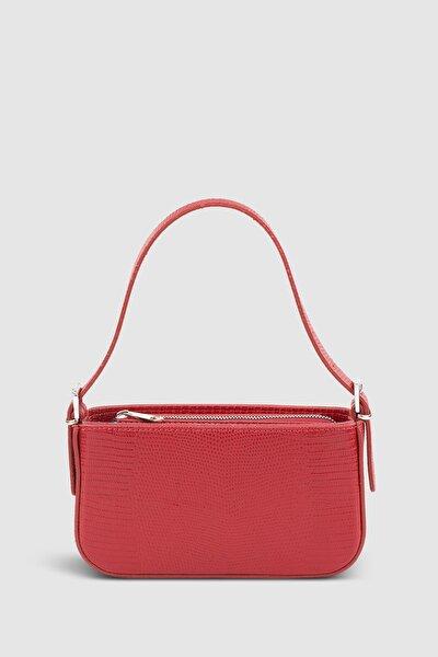 Kadın Tokalı Kırmızı Baguette Çanta 208