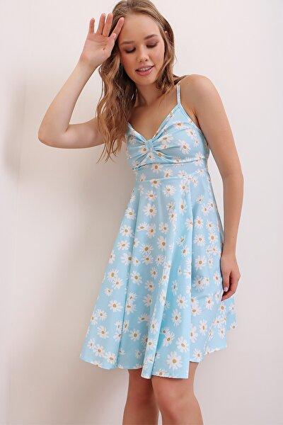 Kadın Mavi Ayarlanabilir İp Askılı Çiçek Desenli Sırtı Gipe Detaylı Viskon Elbise ALC-X6904