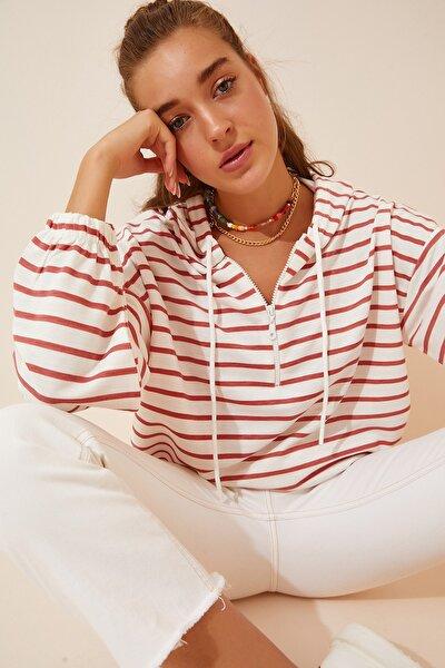 Kadın Oranj Beyaz Fermuarlı Kapüşonlu Mevsimlik Sweatshirt ZV00137