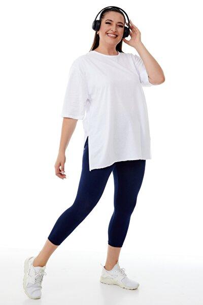 Kadın Büyük Beden Beyaz Yırtmaçlı Basic T-shirt