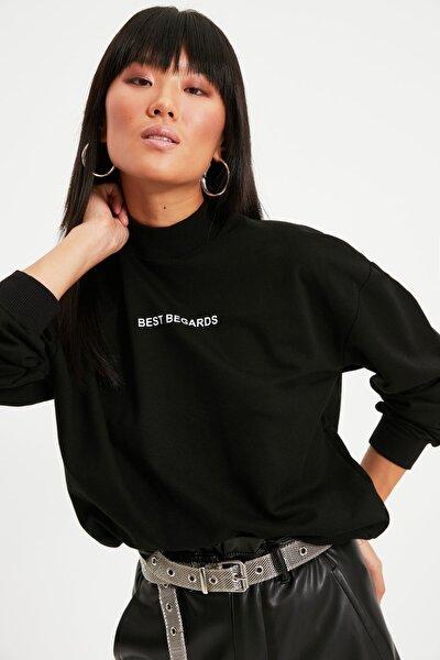 Siyah Baskılı Dik Yaka Örme Sweatshirt TWOAW21SW0785