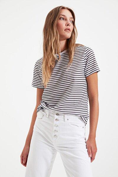 Siyah Çizgili Basic Örme T-Shirt TWOSS21TS0904