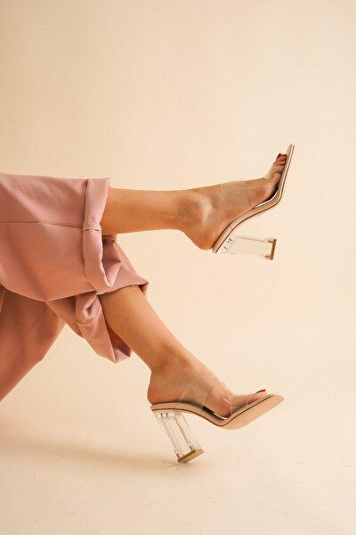 Nude Cilt Şeffaf Topuklu Kadın Sandalet