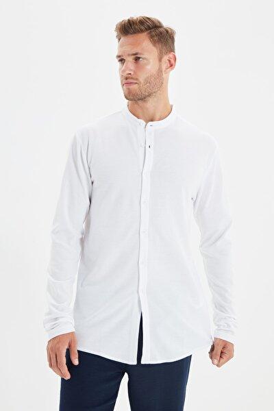 Beyaz Erkek Slim Fit Hakim Yaka Pike Örme Gömlek TMNSS20GO0293