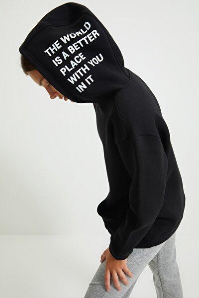 Siyah Baskılı Şardonlu Boyfriend Kalın Örme İnce Sweatshirt TWOAW22SW0709