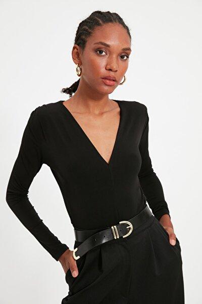 Siyah V Yaka Vatkalı Örme Bluz TWOAW21BZ0249