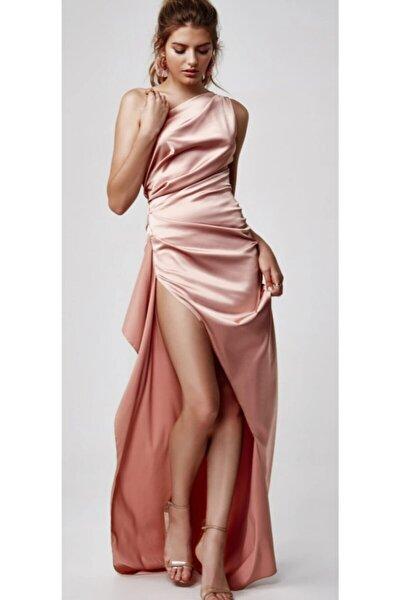 Yırtmaç Detaylı Saten Elbise