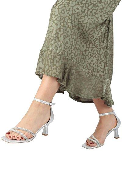 Gümüş Taşlı Çift Bant Kadeh Topuklu Ayakkabı - Lovely