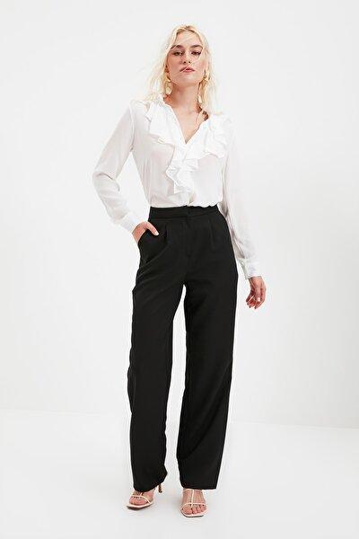 Siyah Düz Kesim Pileli Pantolon TWOSS21PL0155