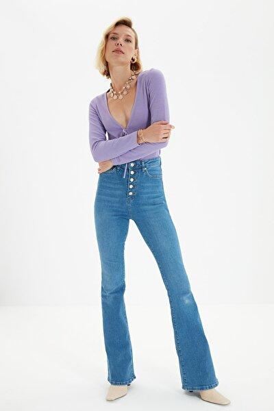 Açık Mavi Önden Düğmeli Yüksek Bel Flare Jeans TWOSS20JE0111