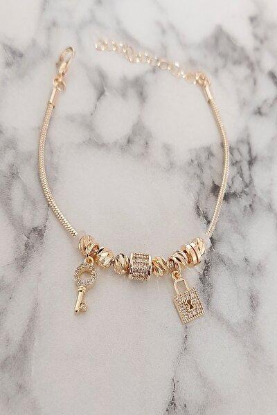 Kadın Gold Kilit Anahtar Zirkon Detay Dorika Çelik Bileklik