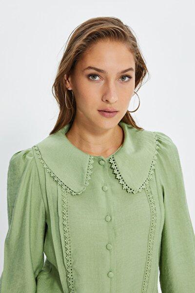 Mint Dantel Detaylı Gömlek TWOSS21GO0035