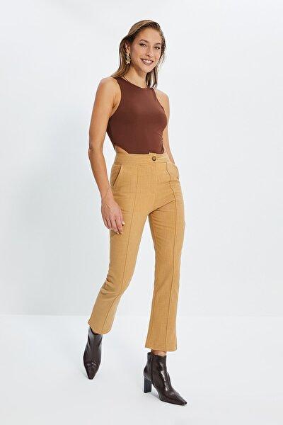 Camel Dikiş Detaylı Düz Kesim Pantolon TWOSS20PL0008