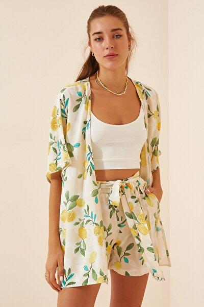 Kadın Kırık Beyaz Desenli Kimono Şort Viskon Takım  FN02863