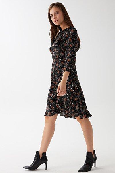 Robası Fırfırlı Elbise