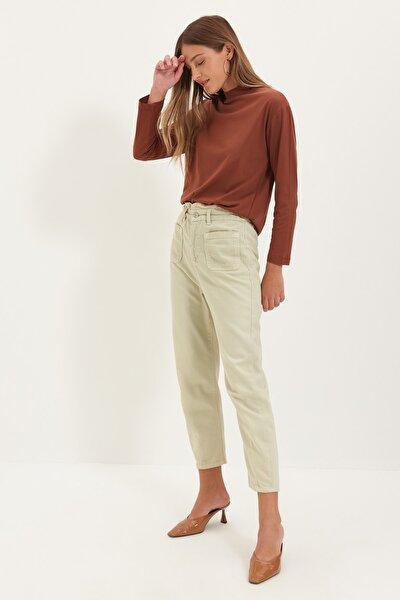 Kahverengi Uzun Kollu Dik Yaka Basic Örme T-Shirt TWOAW20TS0233