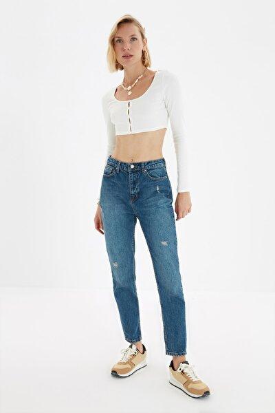 Mavi Yıpratma Detaylı Yüksek Bel Mom Jeans TWOSS21JE0579