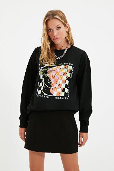 Siyah Baskılı Oversize Örme İnce Sweatshirt TWOAW22SW0180
